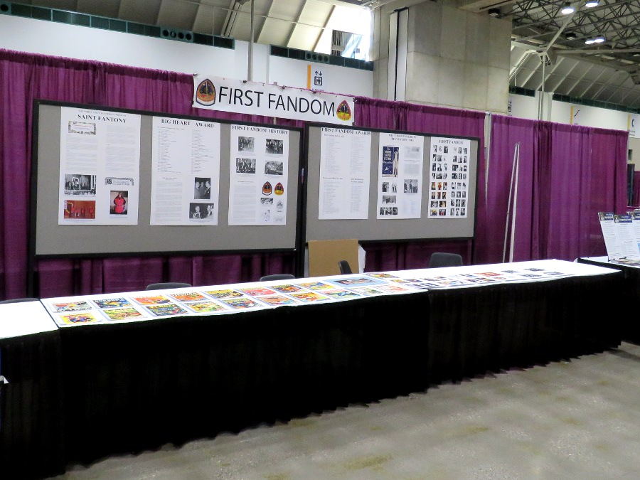 First Fandom's fan table at MidAmericon II